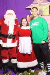 Selfless Elf Portraits with Santa (15 of 153)