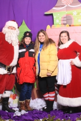 Selfless Elf Portraits with Santa (153 of 153)