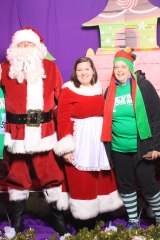 Selfless Elf Portraits with Santa (23 of 153)