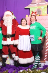 Selfless Elf Portraits with Santa (87 of 153)
