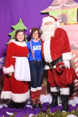Selfless Elf Portraits with Santa (60 of 153)